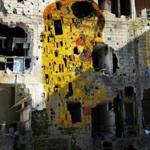 El beso_Klimt_Siria