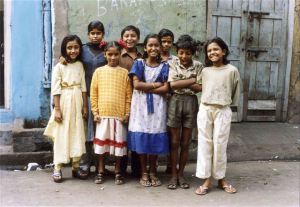 Los niños del barrio rojo