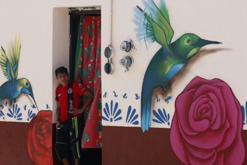 La organización 'Colectivo Tomate' cambia la cara de Xanenetla en Puebla